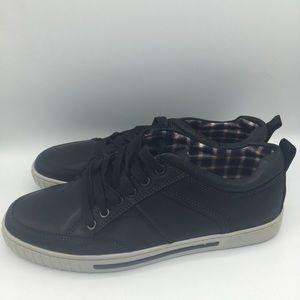 Steve Madden Pipeur Leather Sneakers